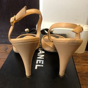 CHANEL Shoes - CHANEL BEIGE SHOES WITH BOW SIZE 8